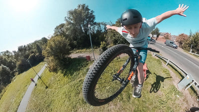 How to Suicide or Tuck No Hander on a Mountain Bike? Or eBike?