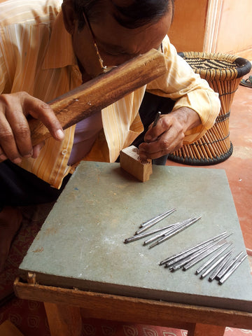 carving wood block printing