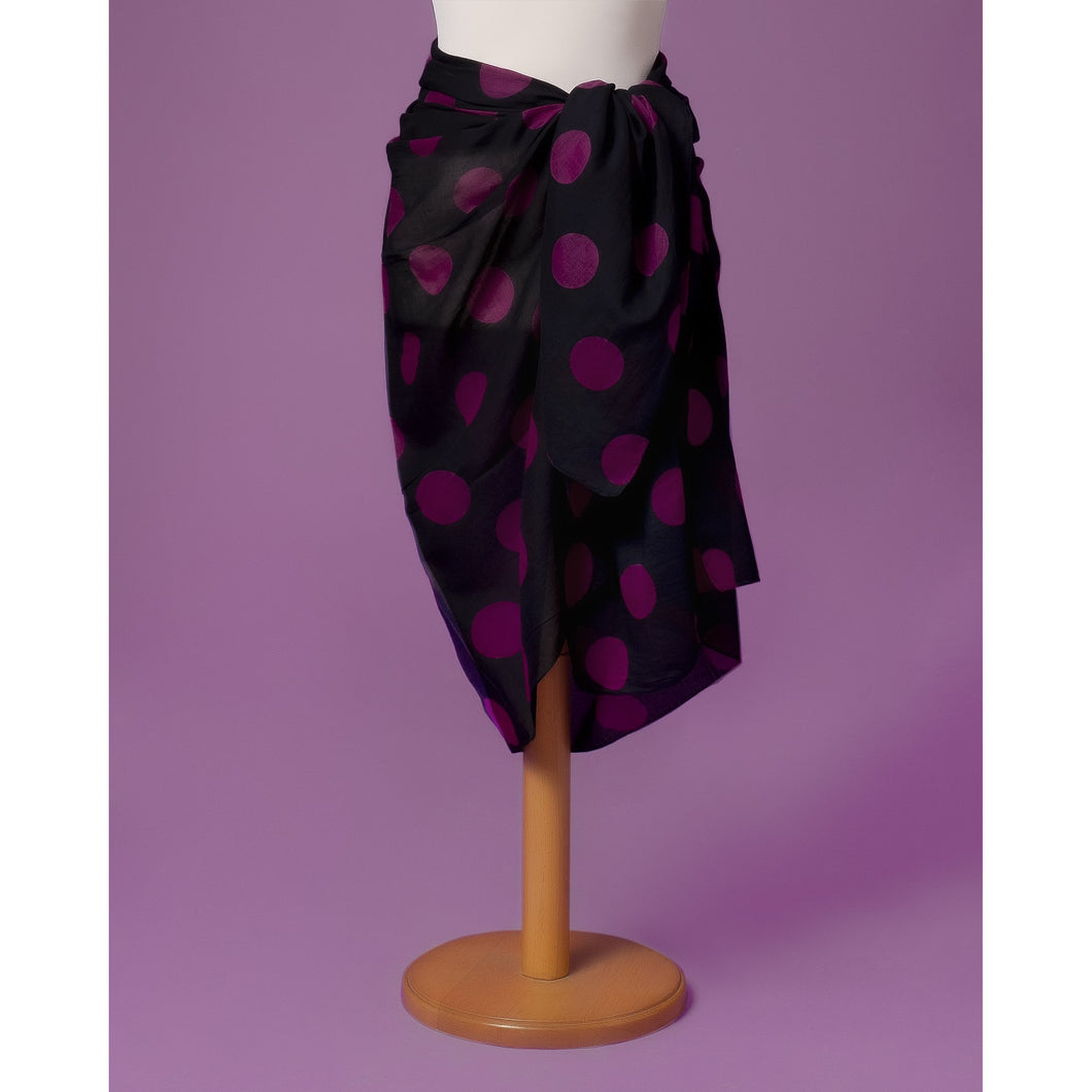 Sarong Pareo dark grey with purple dots printed all over