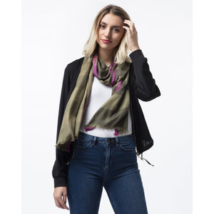 Scarf with military Green stripes and pink border