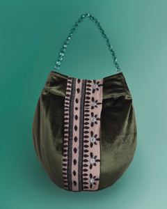 Bucket bag in velvet viscose green color
