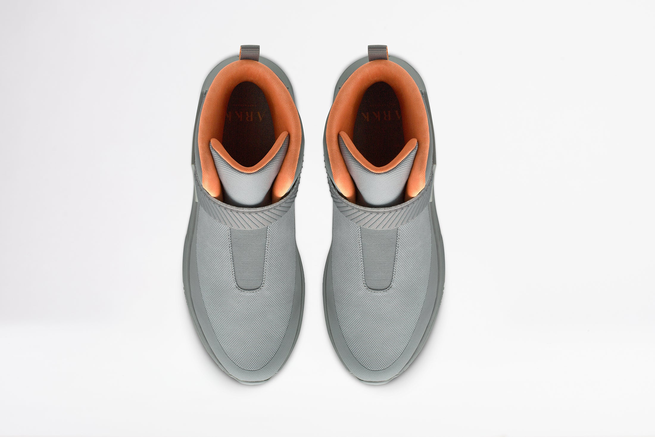 ARKK Copenhagen - Main Line Pythron Mesh 2.0 S-E15 Vibram® Titanium Orange-Men Pythron