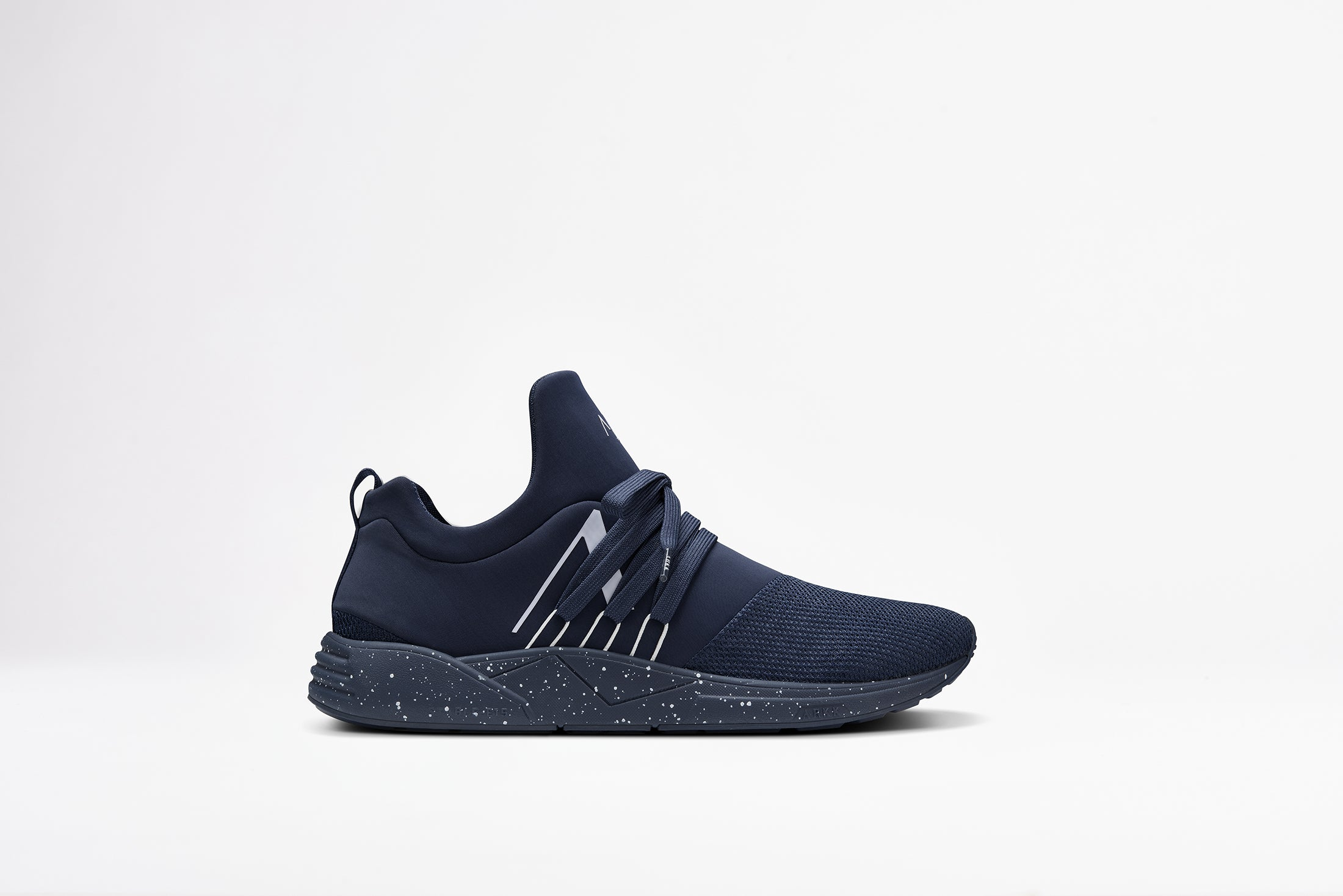 ARKK Copenhagen - Essential Line Raven Mesh S-E15 Navy White Spray - Men  Raven