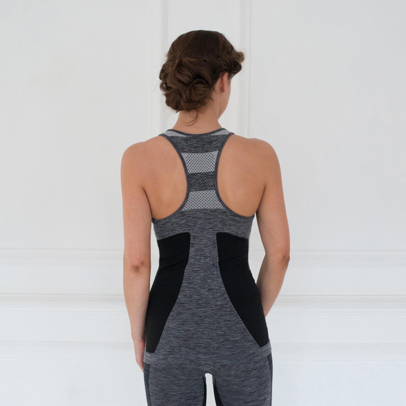 Super Flattering Seamless Gym Vest - Genius - Grey Marl / Black Stripe