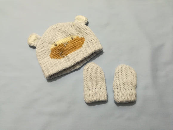 Next - Hat and Gloves - 0-3 Months - Preloved & Perfect