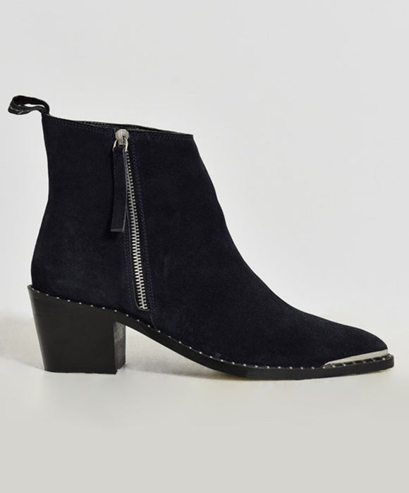 ONETEASPOON CHELSEA BOOT