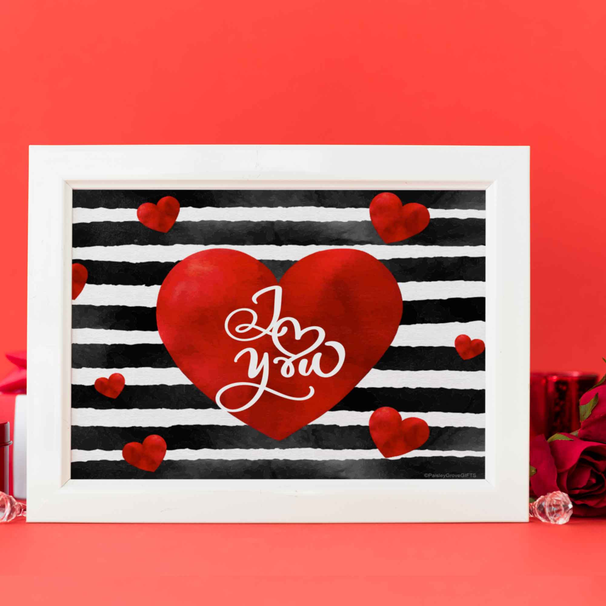 CopyrightPaisleyGroveGIFTS D005a Valentines decor black stripes, red heart I Love You inside center of heart Printable File