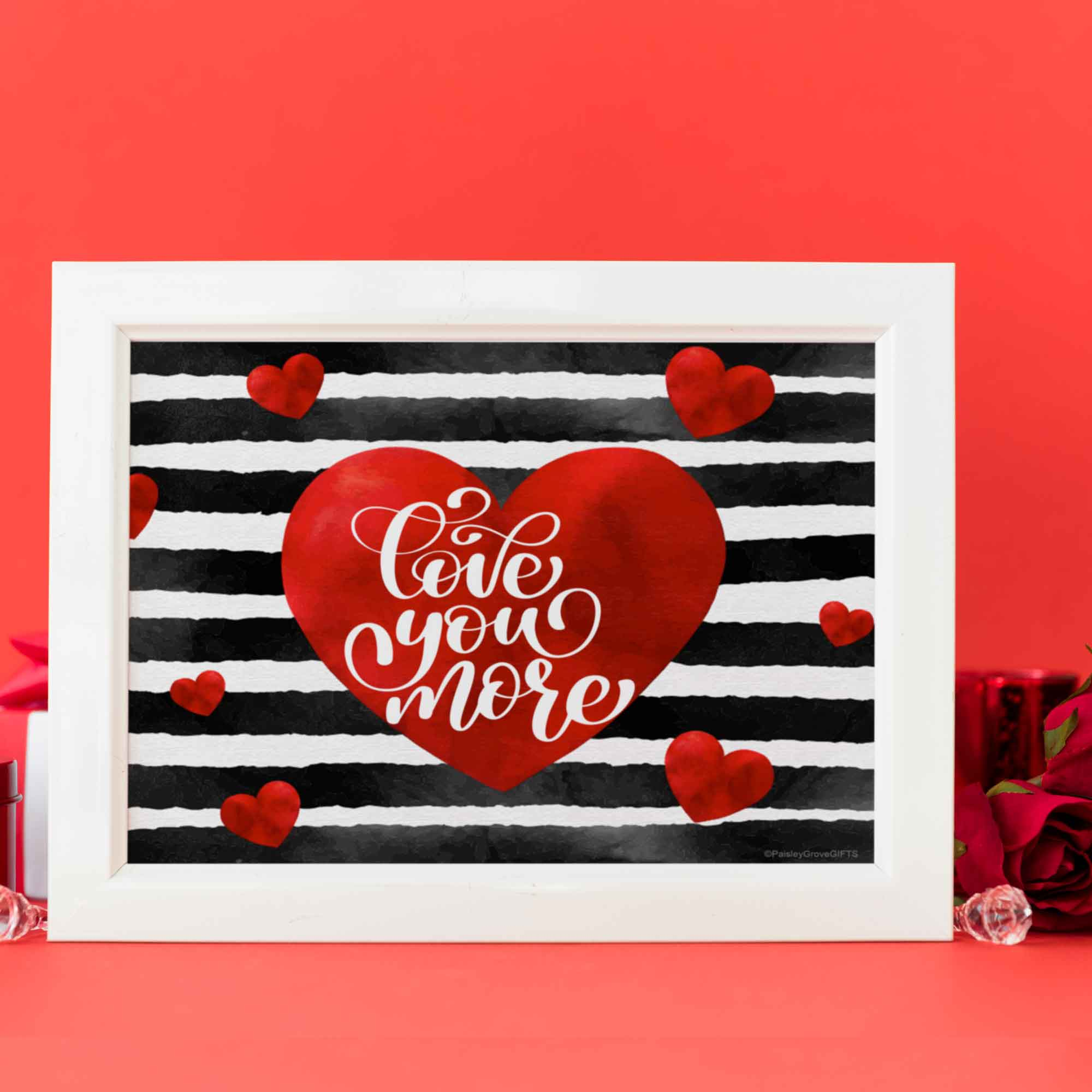 CopyrightPaisleyGroveGIFTS D005b Valentines decor black stripes, red heart I Love You inside center of heart Printable File