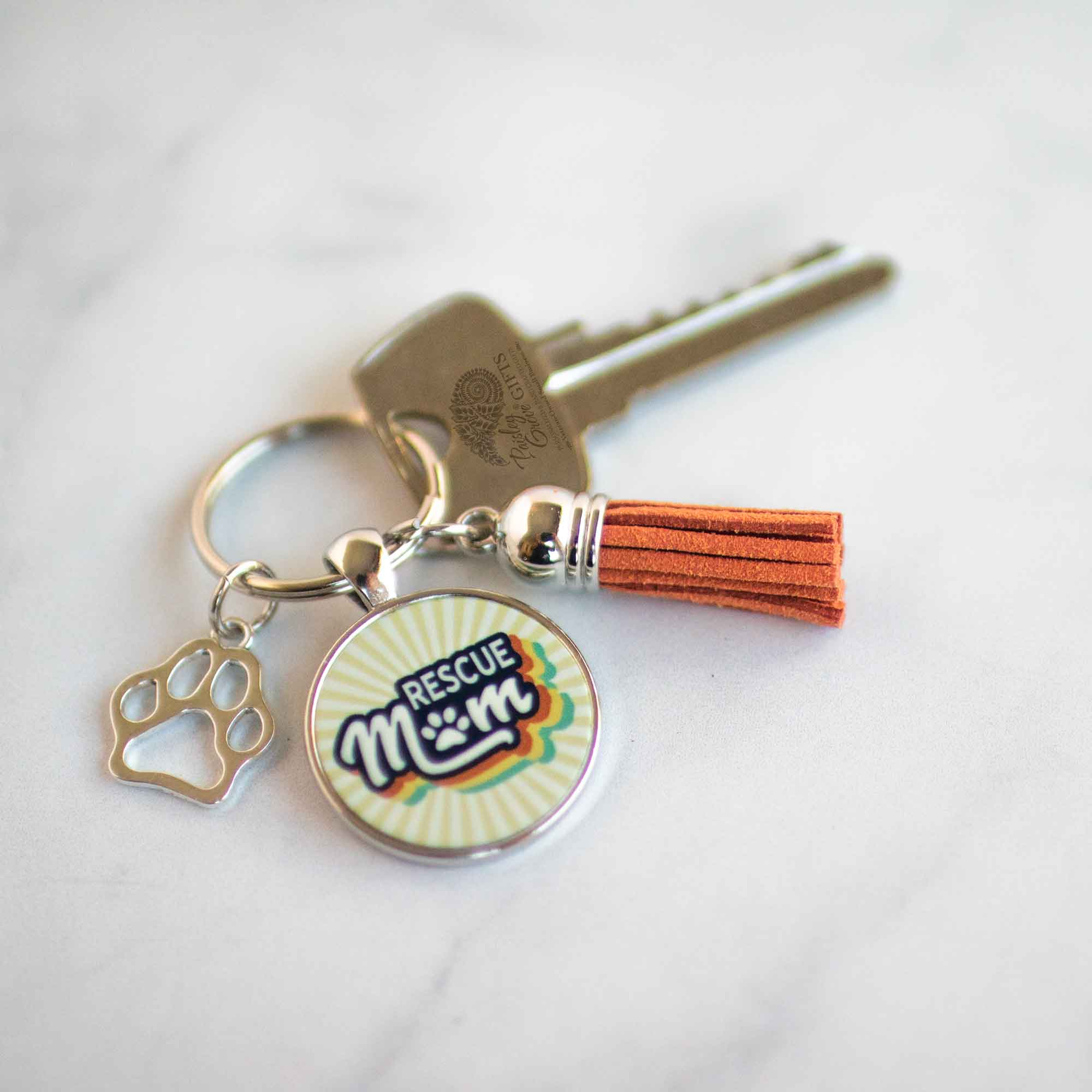 CopyrightPaisleyGroveGIFTS S009a Cat Rescue Dog Rescue Mom Keychain with Retro Vintage 70s 80s style with a Key