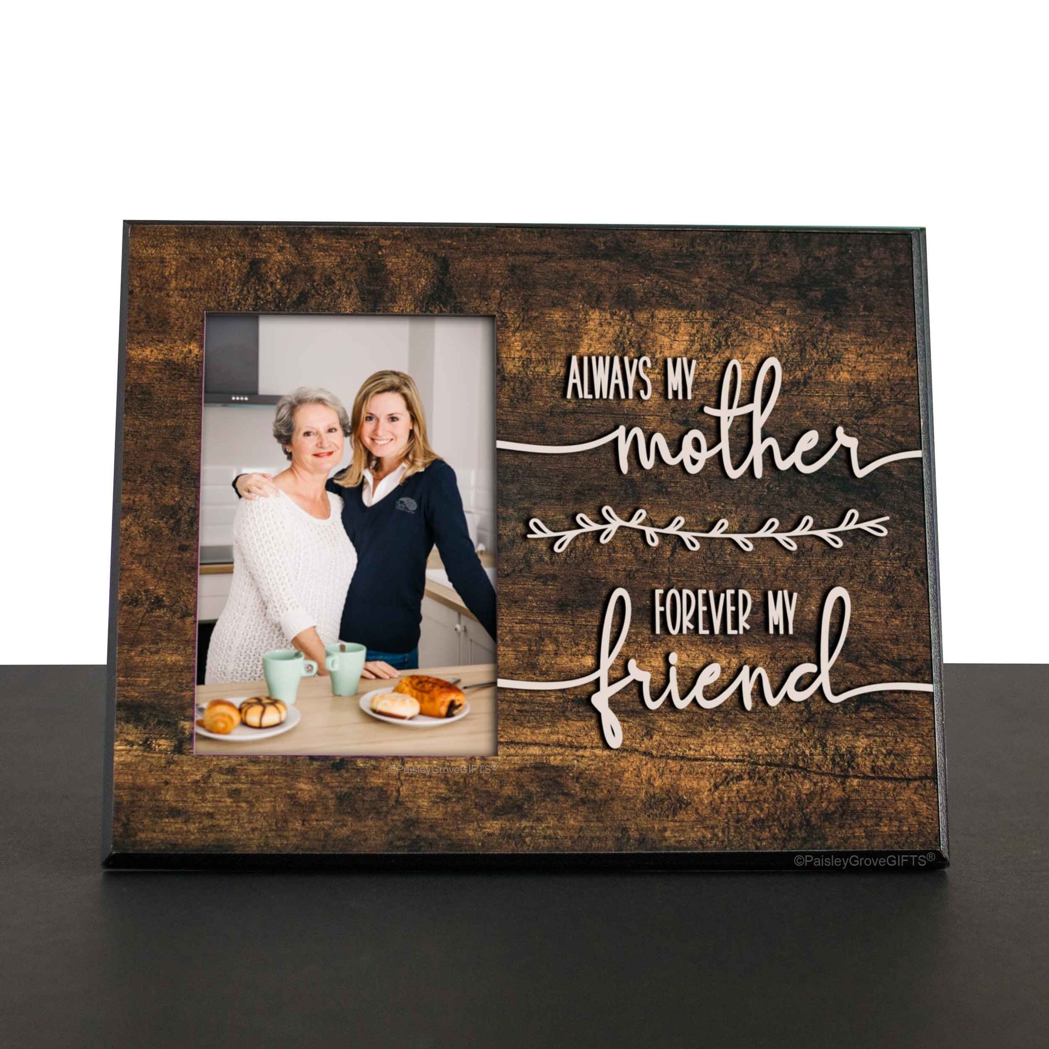 CopyrightPaisleyGroveGIFTS S201c1 Sentimental gift for mom heartwarming mom quote on desk shelf or mantle