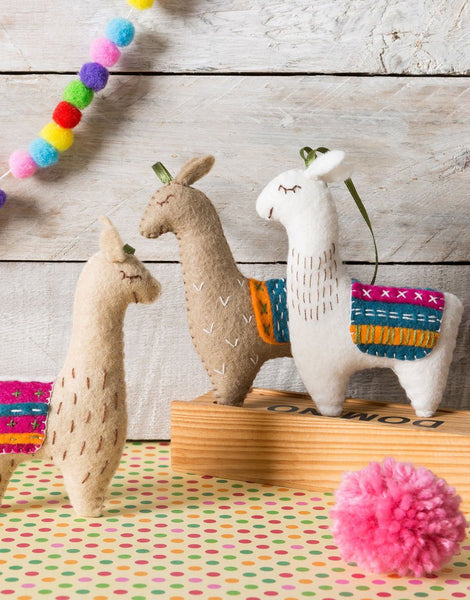 Llamas Felt Craft Kit, Corinne Lapierre