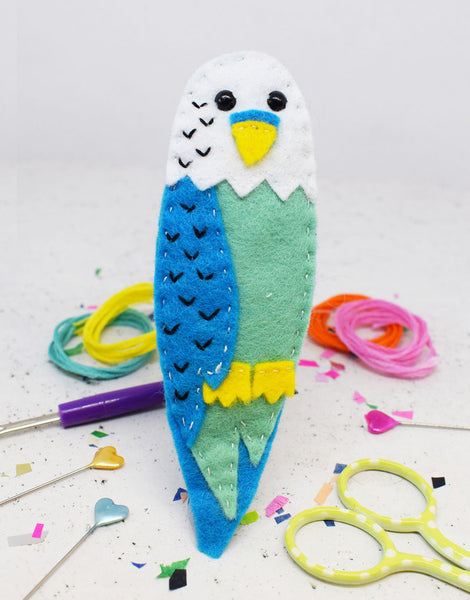 Billy Budgie Felt Sewing Kit, The Make Arcade