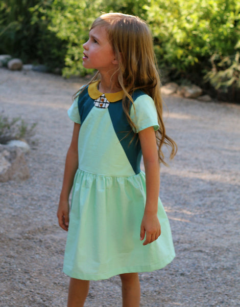 Tinny Dress, Peter Pan Collar Straightgrain Girl's Sewing Pattern