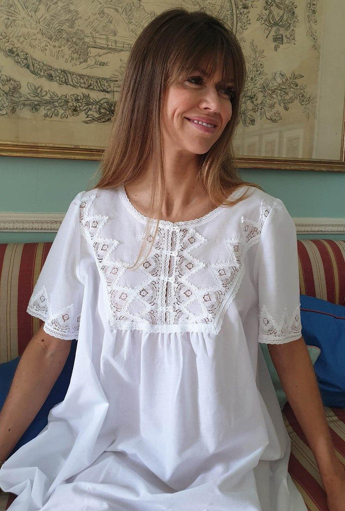 Carmella White Cotton Lawn Nightie Ladies Tuttabankem