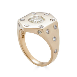 Hexagon Signet - The Patricia Setting