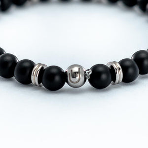 This Agate stone bead bracelet connects with the energy of the Earth.