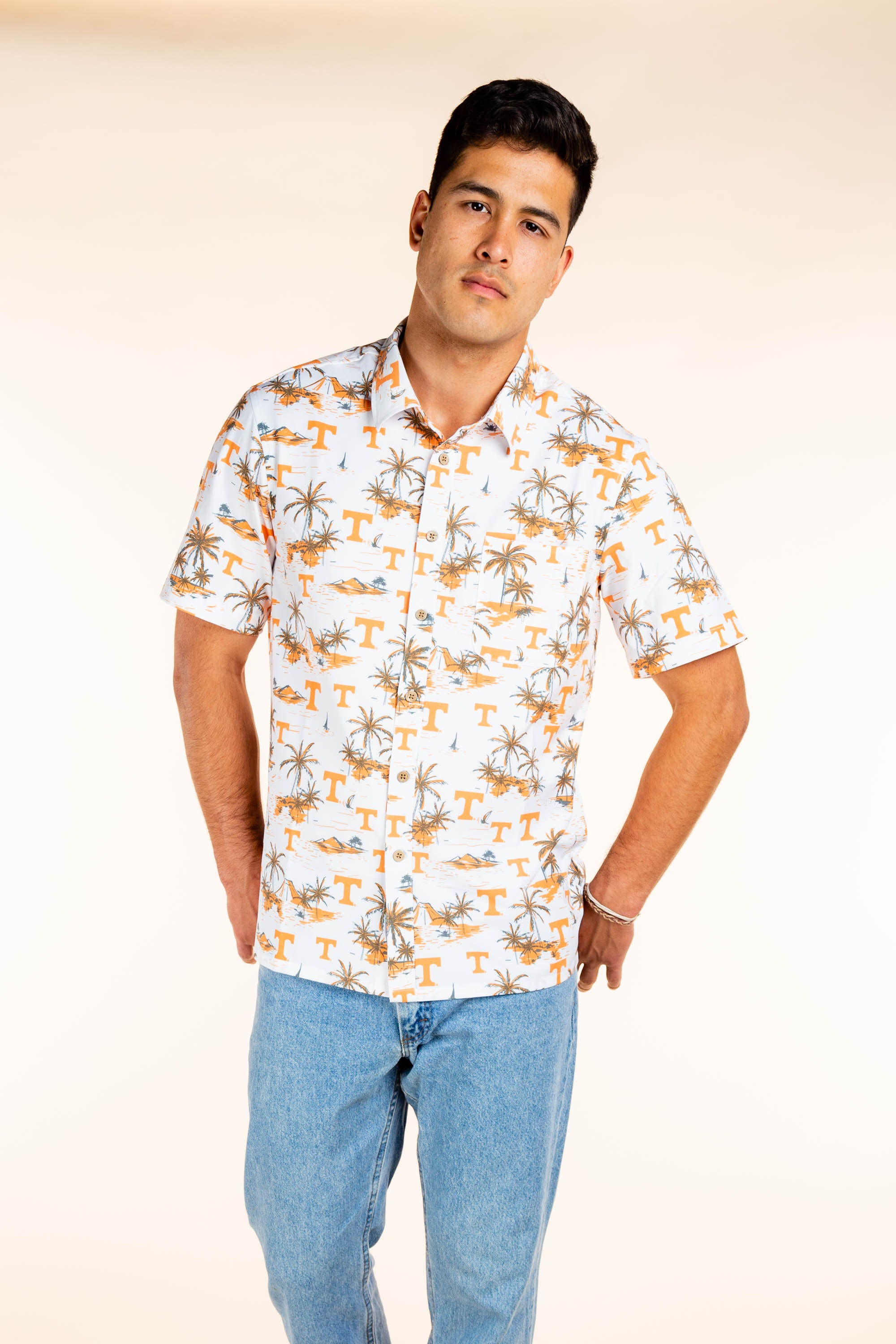 University of Tennessee Button Up Tailgating Shirt