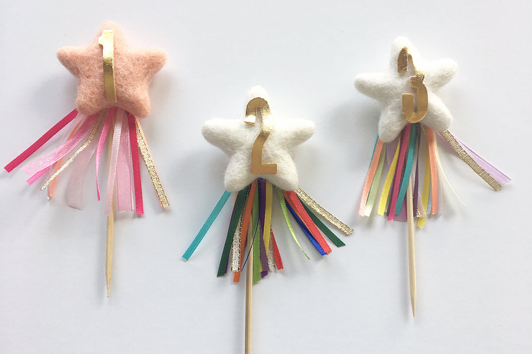 STAR CUPCAKE PICK // needle-felt star cake topper