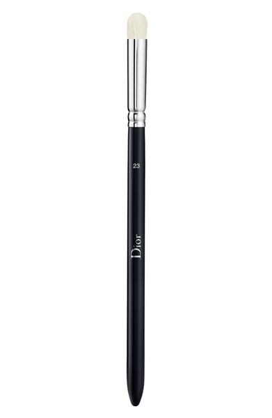Dior Backstage Large Eyeshadow Blending Brush N° 23