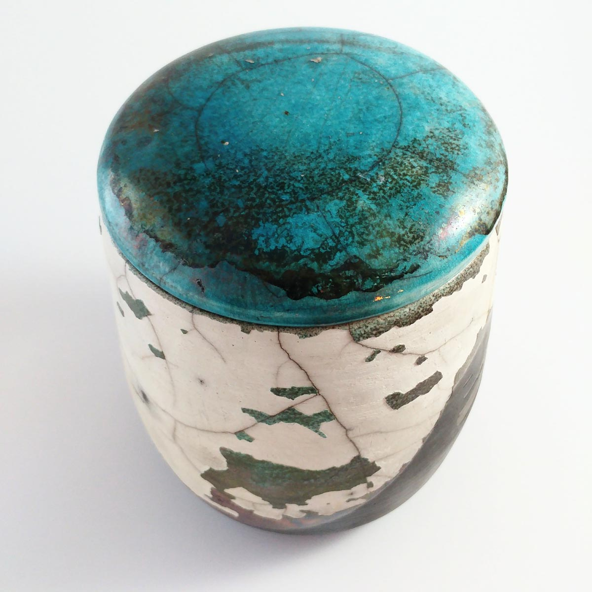 Naiim Pottery, Handmade Carved Raku Pottery Vase, Handmade Ashes Urn, Large Urn, Ceramic Vase, Decorative Art, Homedecore, Luxury Ceramic, Pet urn