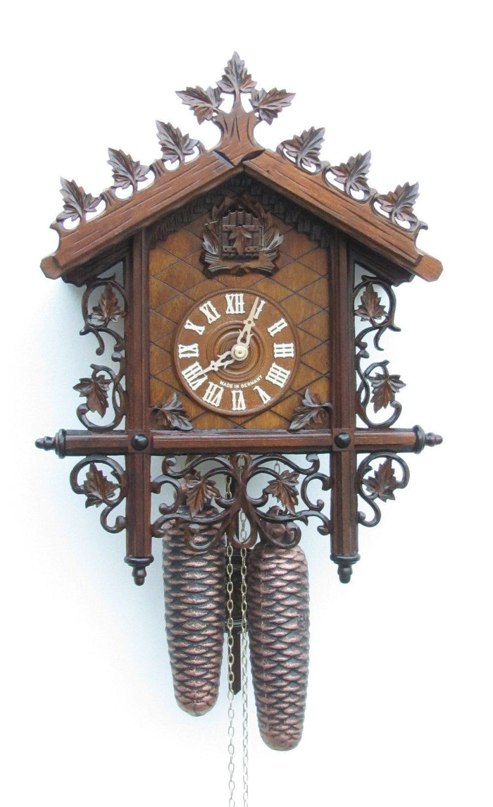 Sternreiter Smaller Design Classic Style Black Forest Mechanical Cuckoo Clock #8229