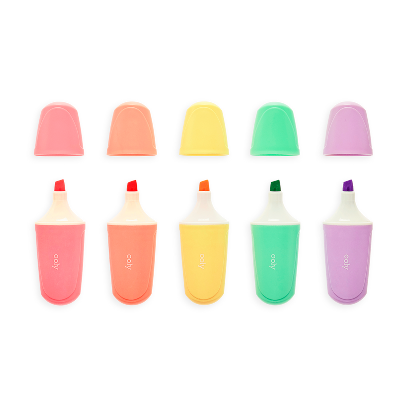 Le Bonbon Pâtisserie Scented Pastel Highlighters in a row with caps off.