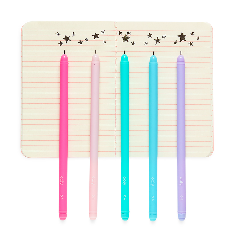 5 Starry Starry Writers Pens showing their black as stars doodle