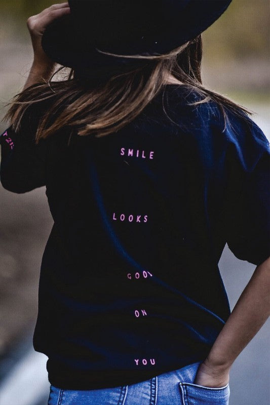 SMILE IT LOOKS COOL ON YOU TEE