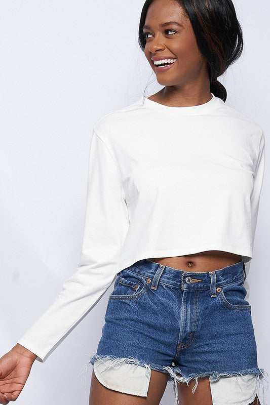 white Round neck long sleeve box crop t-shirts.