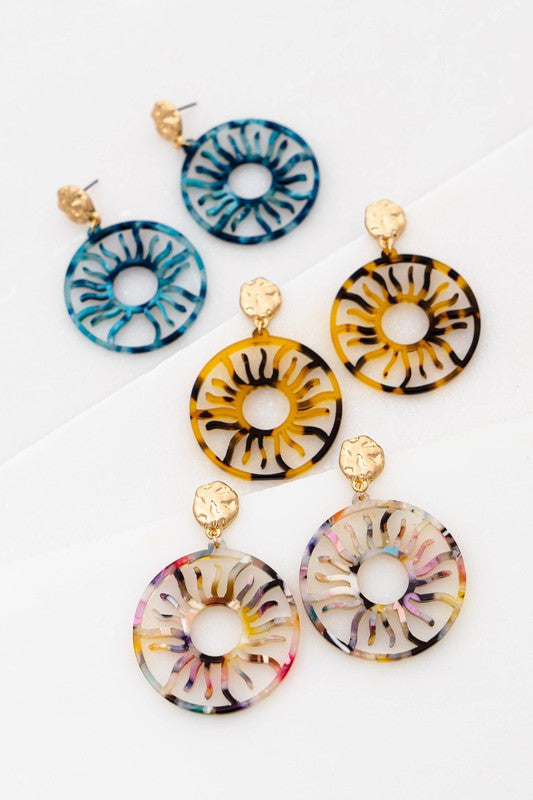 "DIFFERENT COLORS OF FILIGREE RESIN SUN PATTERN DROP EARRINGS SIZE: 1.5"" X 2.0"""