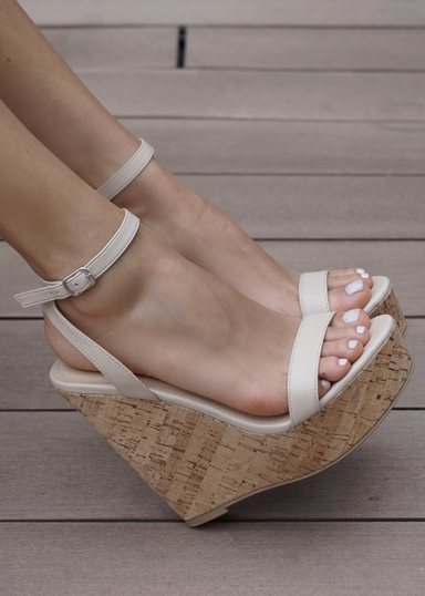Amora platform cork nude wedges. side view
