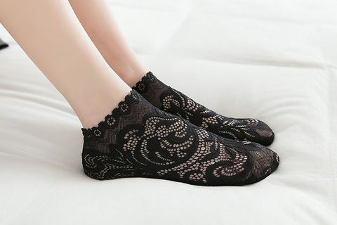Marni - Floral Lace Ankle Socks
