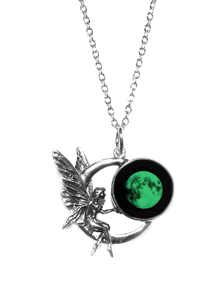 Our top 5 Moon Necklaces