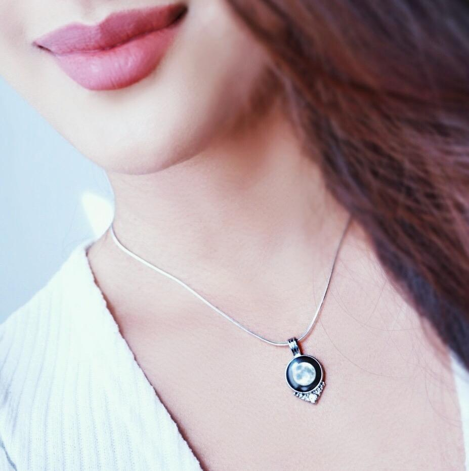 Selene's Vintage Radiance Necklace