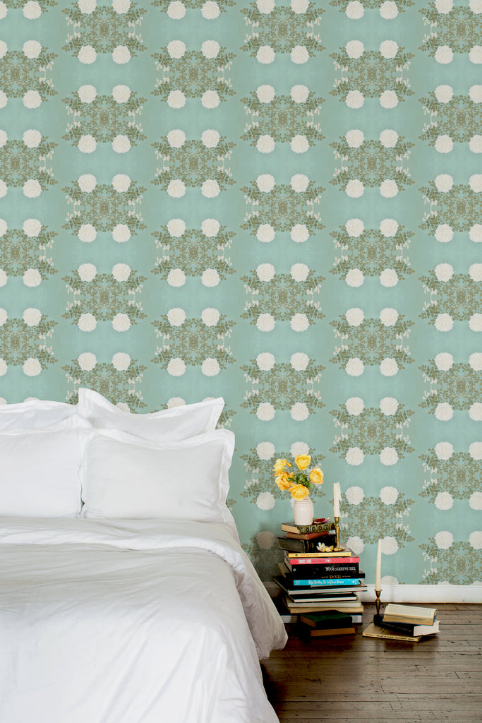 Hudson Cross Light Floral Wallpaper - Ashley Woodson Bailey