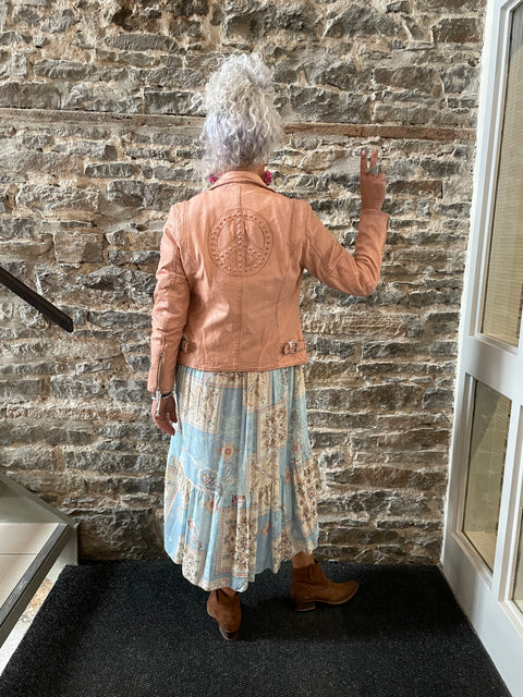 Necklace Gold Chain with Brushed Gold Pendant - BETTY - STUNNING!
