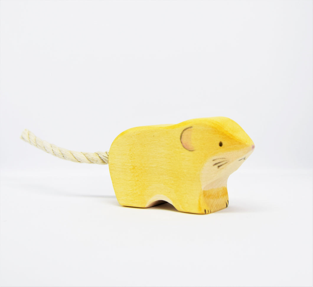 Wooden Harvest Mouse - Eric & Albert's Crafts