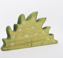 Wooden Flower Patch - Eric & Albert's Crafts