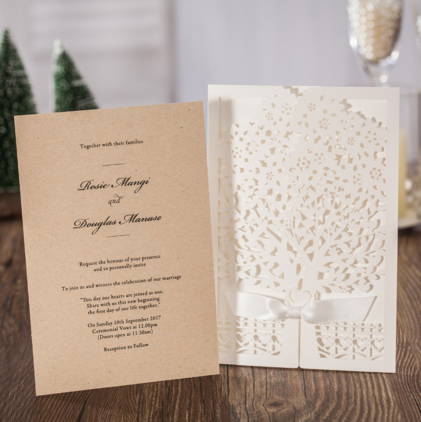 Tree with Ribbon Wedding Invitation Pocket - amazingcards.ca