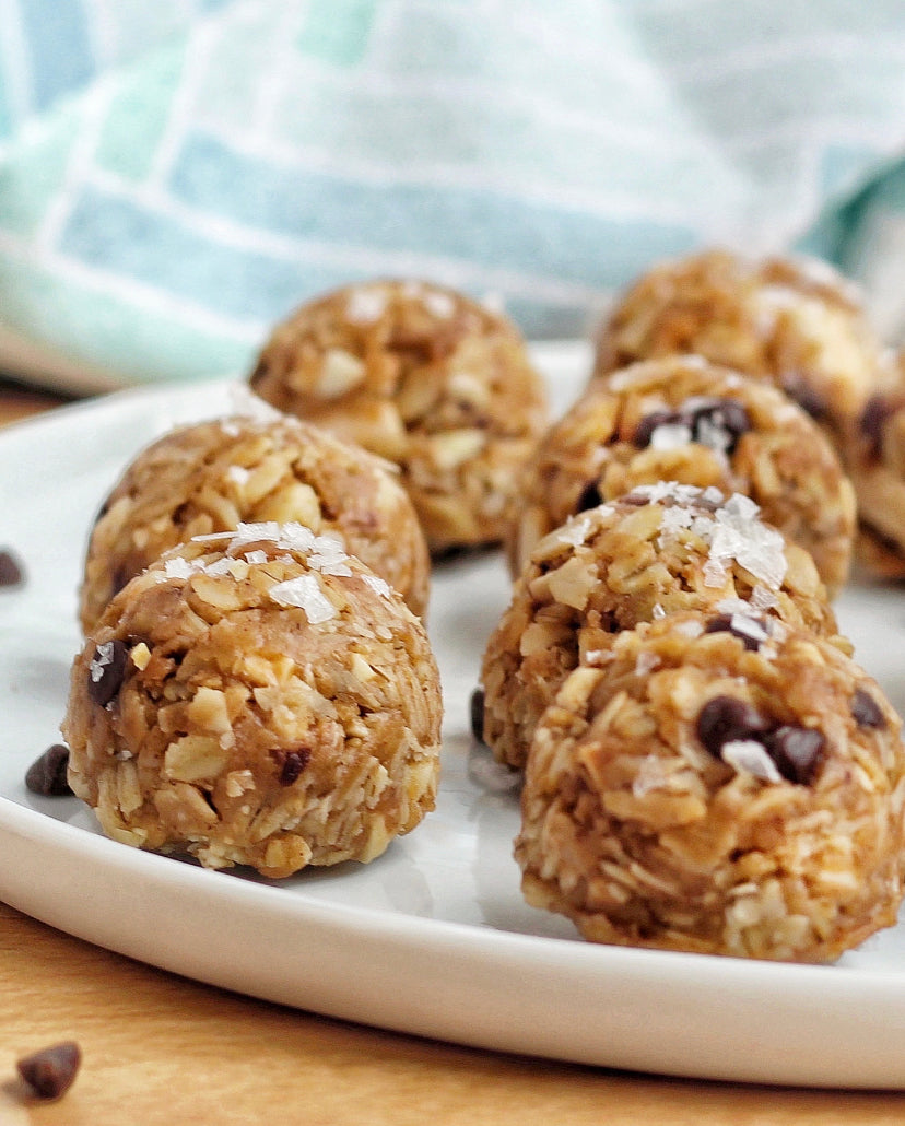 Chewy Peanut Butter Granola Bites