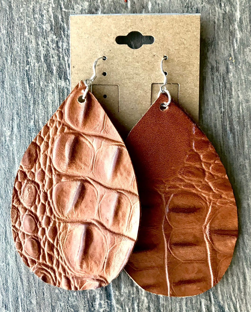 Poco de Agua Leather Earrings