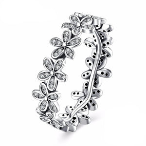 Wild Daisy Pave Band