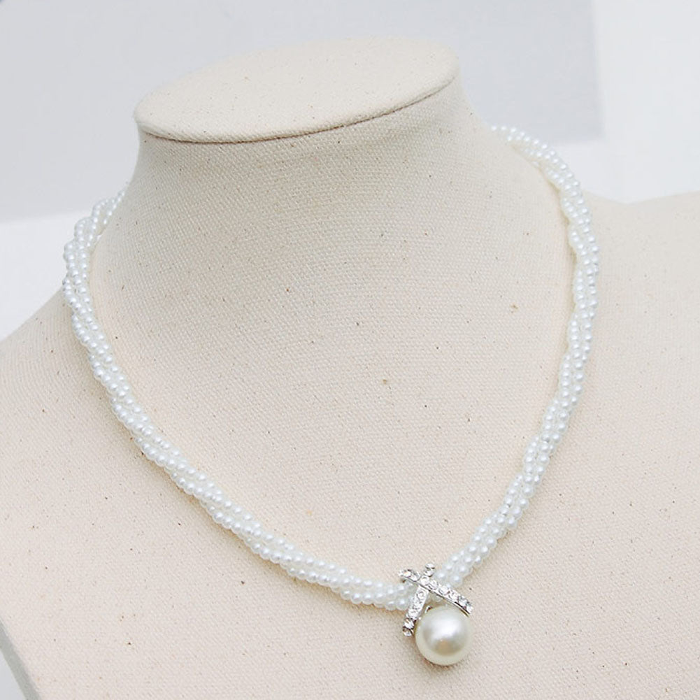 Charm style stunning twist imitation pearl necklace