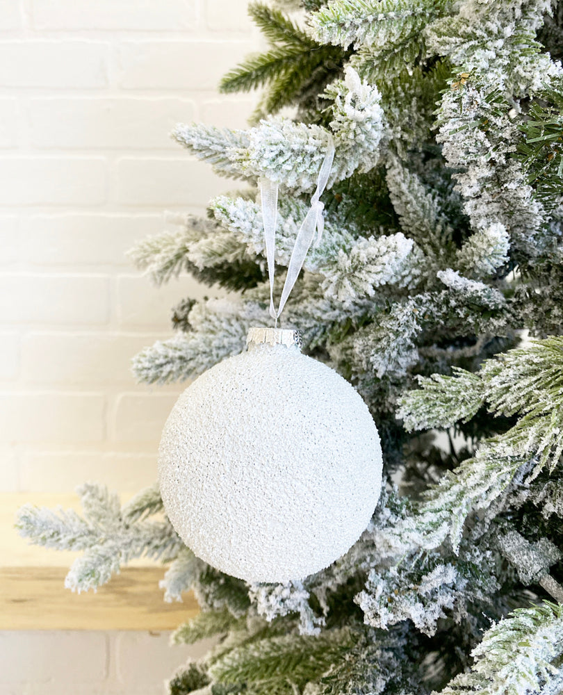 Load image into Gallery viewer, ORNAMENT | WHITE SNOWBALL