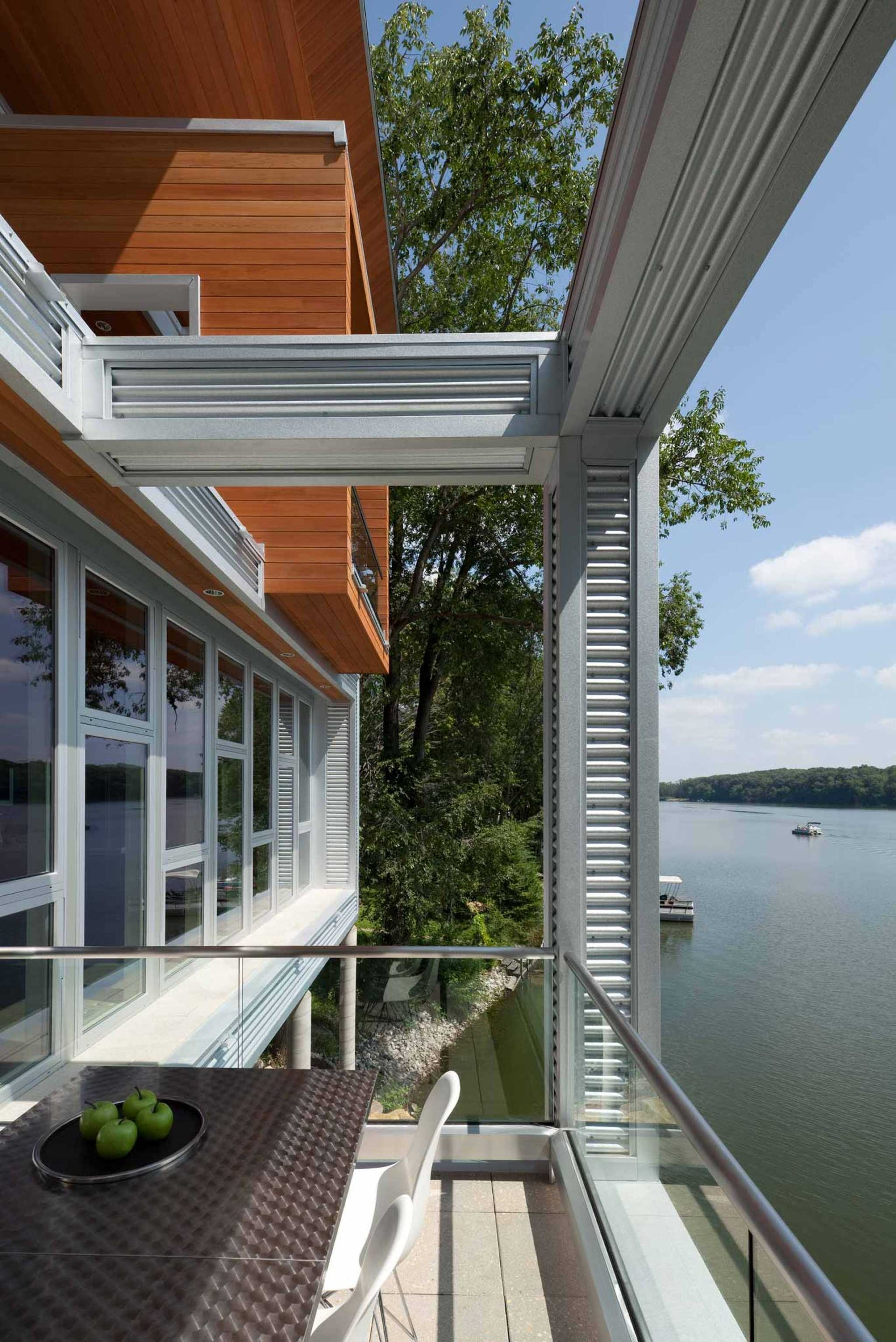 Cabin 717, Iowa. Residential Architecture by Akar Architecture, Iowa City, Iowa.