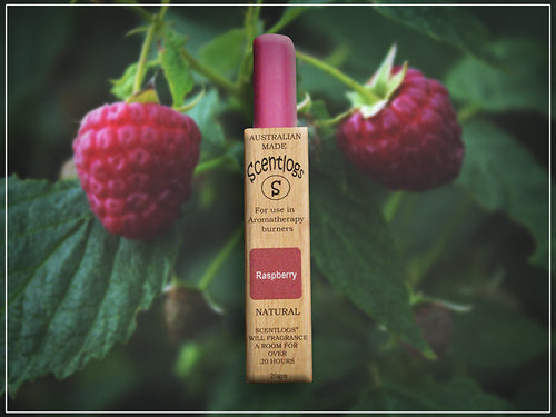 Raspberry Scentlogs natural wax melts infused with the natural, juicy and sweet aroma of ripened raspberries.