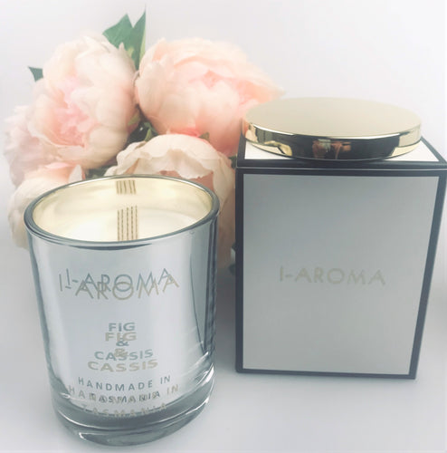 i-Aroma's Fig & Cassis Luxury Candle is a fruity candle for all time. This aromatic delight  combines the tangy scent of blackcurrants and juicy sweet ripened figs combined with the fresh and woody scents of the forest. Made in Tasmania