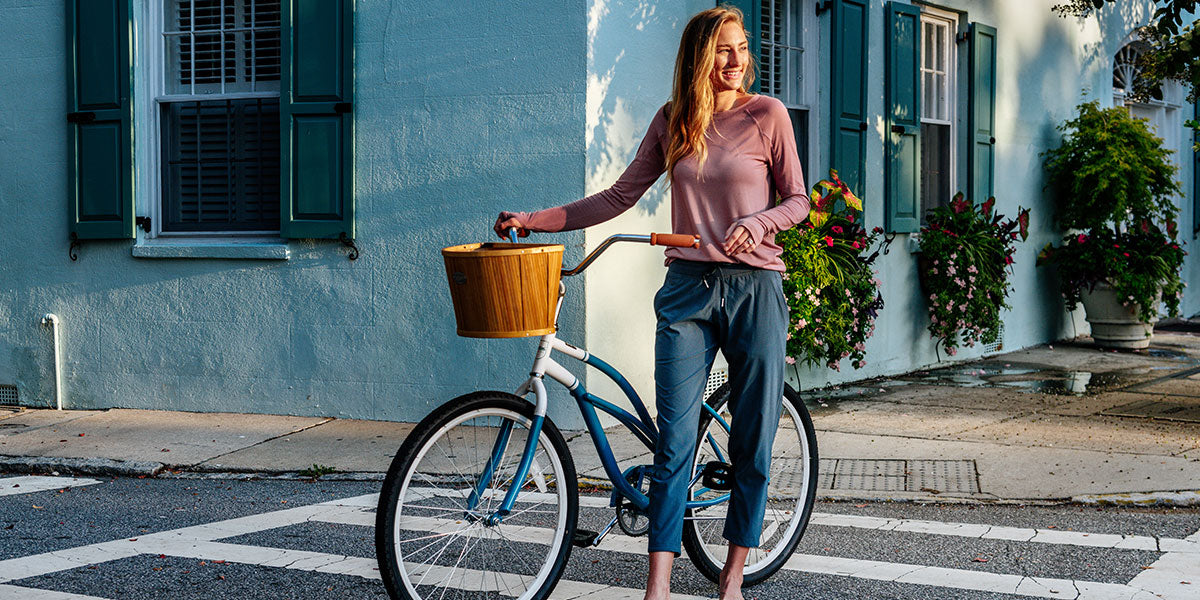 Destination: Downtown - A Morning Bike Ride Through Charleston image