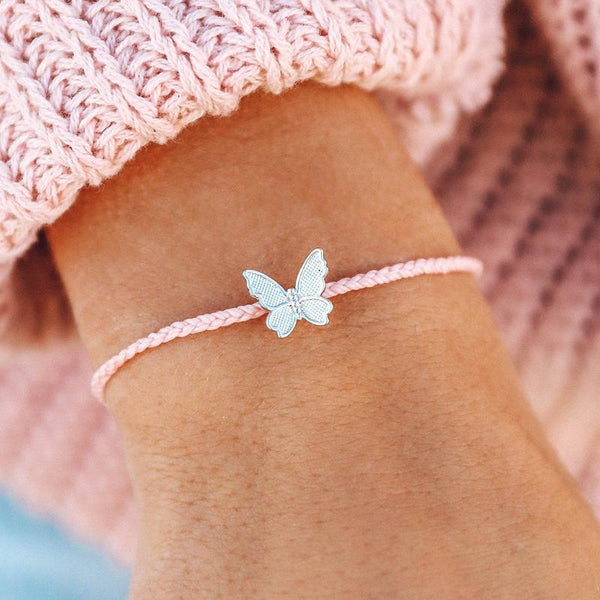 BUTTERFLY IN FLIGHT CHARM | 2 COLORS