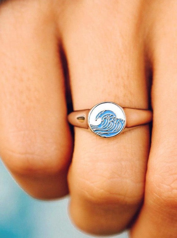 MAKE WAVES SIGNET RING